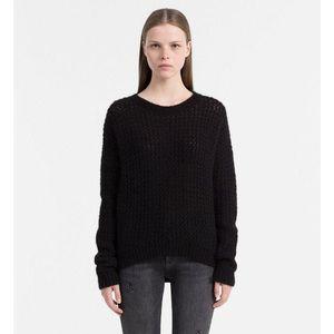 1f45d31145df Calvin Klein dámský černý svetr Sue (34 kousků) - Moda2.cz