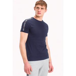 Tommy Hilfiger Logo Tape Tričko - tmavě modrá Velikost: L obraz