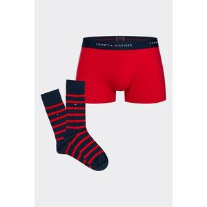 Dárkové balení Tommy Hilfiger boxerky + ponožky - červená Velikost: XL obraz