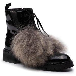 Turistická obuv Eva Minge obraz
