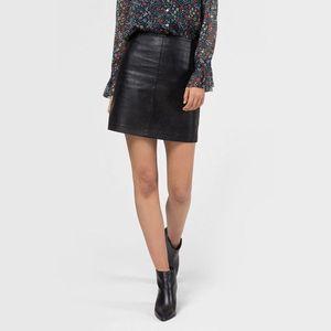 Pepe Jeans dámská černá koženková sukně Henar obraz