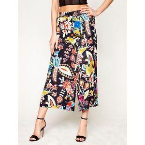 Kalhoty culottes Desigual obraz