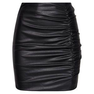 Kožená sukně Guess obraz