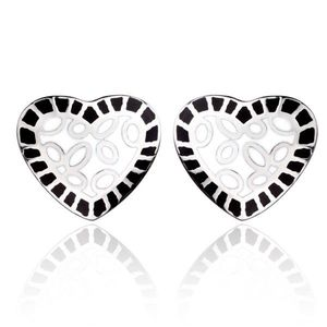 Ocelové náušnice - bílé srdce s černým lemem obraz