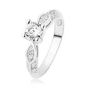 Stříbrný prsten 925, zásnubní, čiré zirkony, lesklý ovál, vypouklá linie - Velikost: 57 obraz
