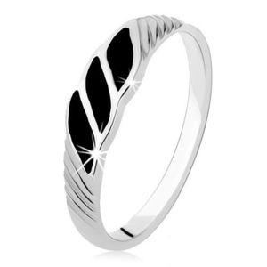 Stříbrný prsten 925, tři černé onyxové vlnky, šikmé rýhy - Velikost: 60 obraz