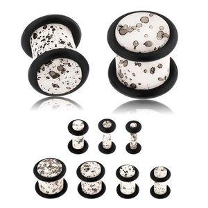Akrylový plug do ucha, povrch bílé barvy s černými skvrnami, černé gumičky - Tloušťka : 6 mm obraz