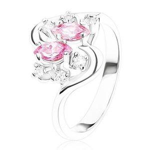 Prsten stříbrné barvy se zvlněnými rameny, růžové a čiré zirkony - Velikost: 54 obraz