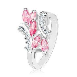 Lesklý prsten stříbrné barvy, růžová zirkonová zrnka, čiré zirkonky - Velikost: 52 obraz