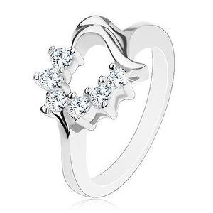 Prsten s konturou srdíčka ve stříbrné barvě, transparentní kulaté zirkonky - Velikost: 49 obraz
