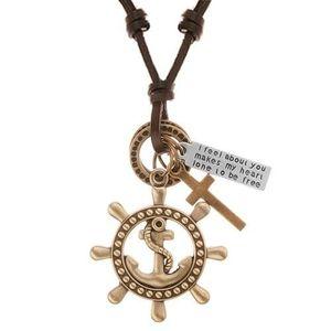 Kožený náhrdelník hnědé barvy, přívěsky - kormidlo s kotvou, kříž, známka obraz