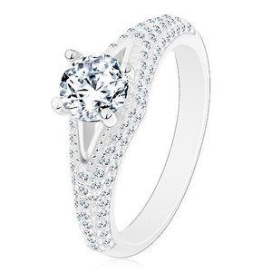 Prsten ze stříbra 925 - zásnubní, čirý kulatý zirkon, úzký výřez, zářivá ramena - Velikost: 54 obraz