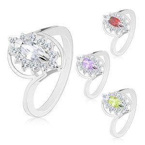 Prsten s lesklými rameny stříbrné barvy, broušený zrnkovitý zirkon, čirý lem - Velikost: 54, Barva: Světle fialová obraz