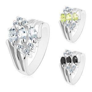 Prsten ve stříbrném odstínu, zdobený čirými zirkony a barevnými zrnky - Velikost: 59, Barva: Čirá obraz