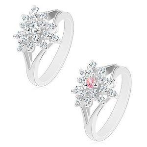 Prsten stříbrné barvy, čirý zirkonový kvítek s barevným středem - Velikost: 54, Barva: Čirá obraz
