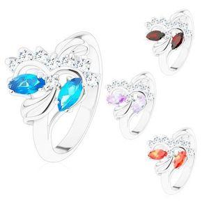 Prsten s lesklými rameny stříbrné barvy, broušená zrnka, čiré zirkonky - Velikost: 52, Barva: Světle fialová obraz