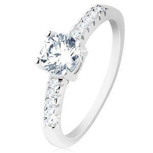 Zásnubní prsten, stříbro 925, ramena vykládaná zirkony, kulatý čirý zirkon - Velikost: 54 obraz