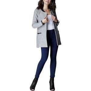 Elegantní šedý kabátek obraz