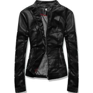 Černá koženková bunda s prošíváním obraz