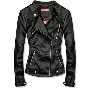 Koženková bunda v černé barvě obraz