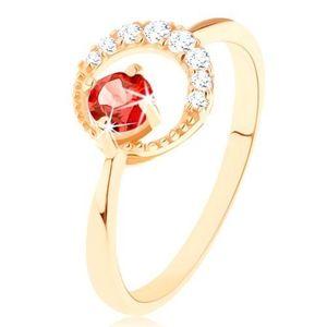 Zlatý prsten 585 - zirkonový srpek měsíce, kulatý červený granát - Velikost: 54 obraz