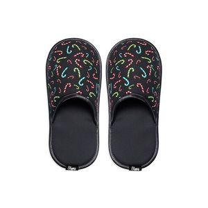 Černé pantofle Stick obraz