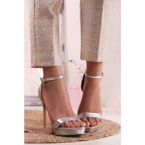 Stříbrné sandály Lois obraz