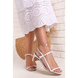 Bílé sandály na nízkém podpatku Ella obraz