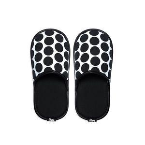 Černo-bílé pantofle Dot obraz