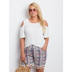 White PLUS SIZE boho shorts obraz