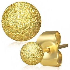 Ocelové náušnice zlaté barvy, kuličky s pískovaným povrchem, puzetky obraz